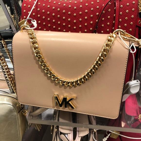 3cda1331a NEW Michael Kors Mott Leather Crossbody Handbag. Michael Kors.  M_5b878051fb3803fb0bda8407. M_5b878053800deebfca4a6cf7